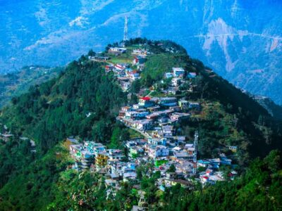 WHICH IS BETTER MUSSOORIE OR DEHRADUN?